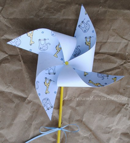 printable 1st birthday pinwheel