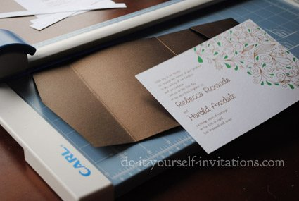 diy wedding invitations cutting